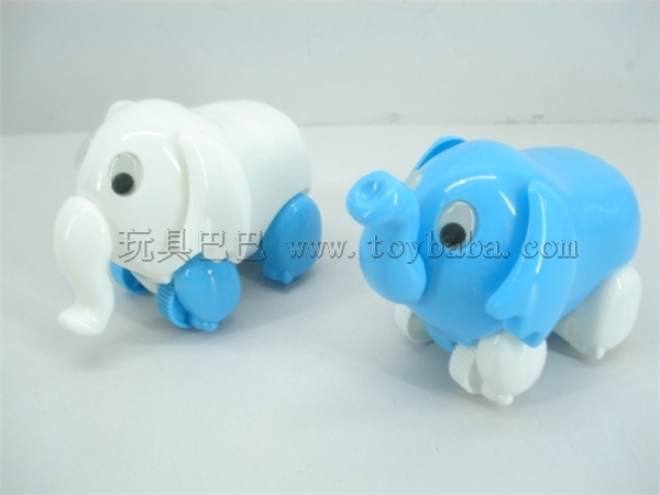 Pull the elephant cartoon animals
