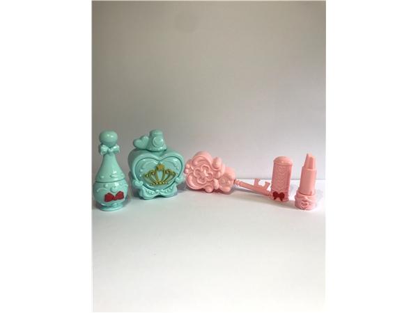 Barbie accessories, accessories, tableware, toys, accessories, doll amusement park