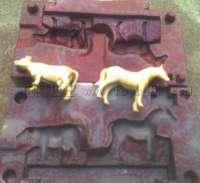 铸铍铜,铸136钢模,公仔泥样雕塑手板加工
